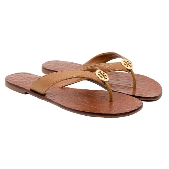 99c65f3f067b00 Tory Burch Thora Tan leather sandal in size 6